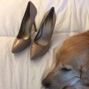 BCBG generation nude heels size 10